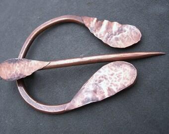Hammered Copper Penannular Brooch Textured Raindrop