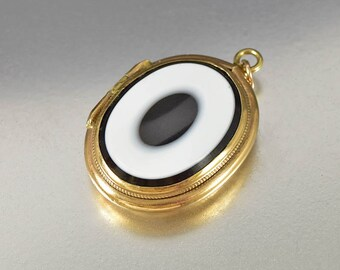Banded Agate Locket Pendant, Bullseye Victorian Gold Locket, Antique Locket Fob Charm, Antique Victorian Locket Heirloom Sentimental Jewelry