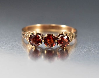 Antique Garnet Ring, Three Stone Gold Victorian Ring, Alternative Wedding Band Engagement Ring, Stacking Ring, Fine Jewelry, Birthstone Ring