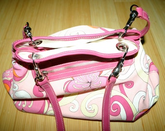 A Retro Pink Canvas Tote Bag