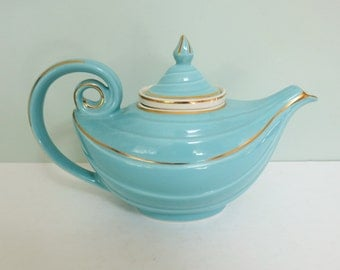 Hall China Blue Aladdin 6-Cup Teapot, Vintage with Gold Accents and Ceramic Infuser, Excellent Condition
