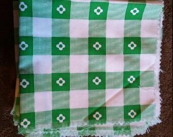 25 precut vintage Fabric Square