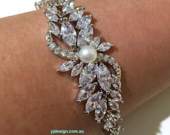 Pearl Wedding Bracelet, Cz Bridal Bracelet, Leaf Bracelet, Vines Bracelet, Woodland Wedding Jewelry, Leaves Bridal Jewelry, SANGRIA