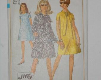 Vintage 60s Jiffy Tent Dress Pattern Simplicity 7388 Size 12 Bust 32 UNCUT