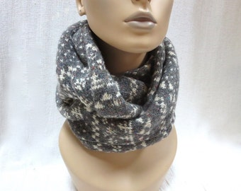 Hand Knit Classic Wool Infinity/Circle Scarf - Nordic Fair Isle / Jacquard