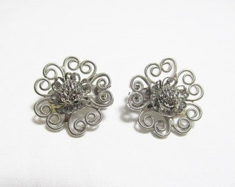 Silver Filigree Hobe Flower Clip On Earrings Silvertone