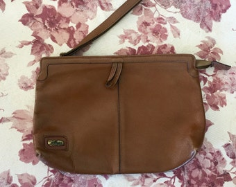 Vintage 1980s Phillippe Brown Leather Zip Top Clutch Wristlet