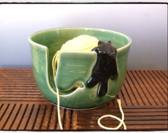 Yarn Bowl with Cute Black cat in True Green by misunrie