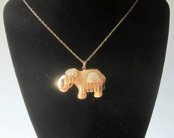 Goldtone 3D ELEPHANT Necklace Vintage Jewelry Pin Brooch Filigree UniqueLayer Dangle