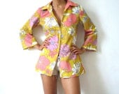 French Vintage 60s Floral Print Blouse / Tunic