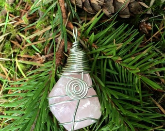 Spiral and Swirl Wire Wrapped ROSE QUARTZ Crystal Pendant In Silver Finished Copper Wire - Metaphysical - Spiritual - Magick - Reiki - Love