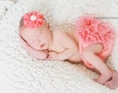 CORAL Newborn Baby ruffle lace bloomers, lace diaper cover,0-3month old girl, ruffle bum, bloomer, baby bloomers, newborn photos, baby girl