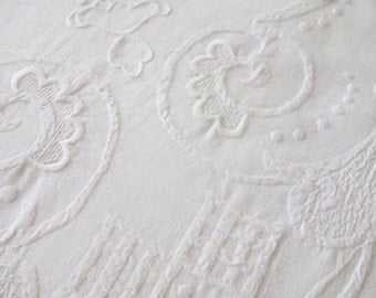Dining Room Tablecloth, Hand Appliqued Tablecloth, White Appliqued Tablecloth 68 x 122