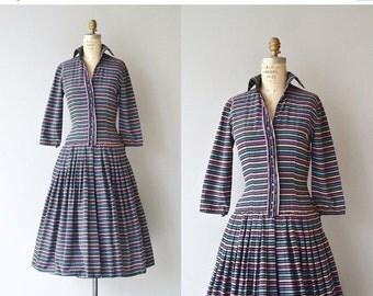 25% OFF.... Linear Advantage dress | vintage 1950s dress | cotton 50s day dress