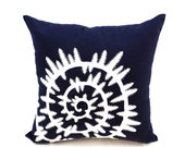 Sea Shell Pillow Cover, Nautical Pillow, Navy Blue Linen Sea Shell Embroidery, Nautical Decor,Sea Life Decor, Cottage pillow, Home Decor