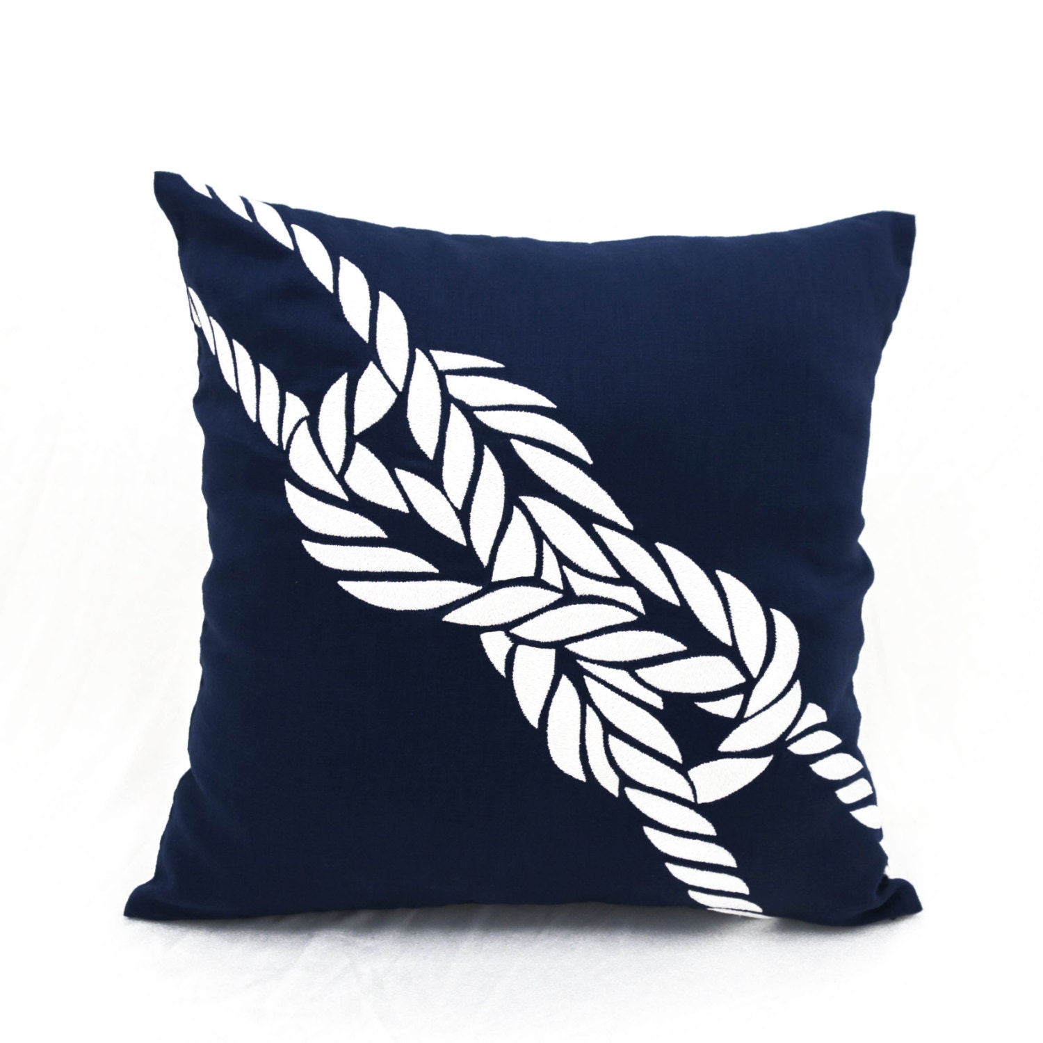 navy throw pillow rope pillow nautical pillow covers. Black Bedroom Furniture Sets. Home Design Ideas