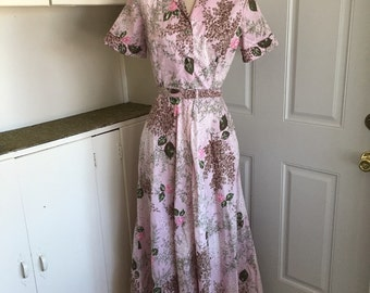 My Sweet One - 1940's Cotton Evelyn Pearson Floral Hostess Gown
