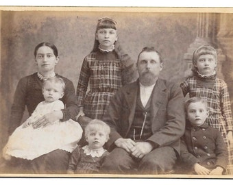 Cabinet Photo Mom Dad 5 Children Boy Girls Baby 1800s antique