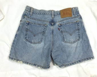 Vintage High Waisted Denim Shorts. Levi's. Size 9. Cotton Shorts. Hipster. Retro. Jean Shorts. Under 25. Levi's. Classic Shorts. Summer