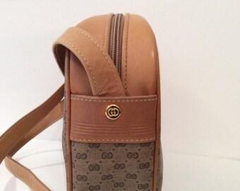 vintage Gucci handbag // 1980's Crossbody purse // bohemian messenger bag
