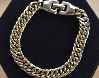 "Lovely Vintage Gold tone Heavy Curb Link Bracelet, 8"" (G2)"