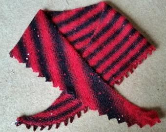 shawlette - scarflette - shawl - scarf - triangular - asymmetrical .  Hand knit. FREE SHIPPING