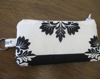 Black and White Floral Coin Pouch, Zippered Coin Purse, Padded Ear buds Pouch with Keyring, Ready to Ship