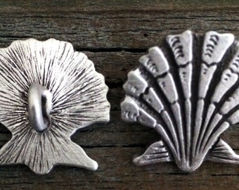 Seashell Pewter Shank Buttons 7/8 Inch (22 mm)
