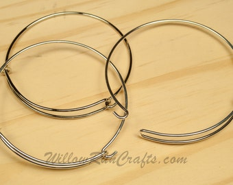 Set of 2  Expandable Bracelets Bangle in Silver or Antique Silver, (open style)