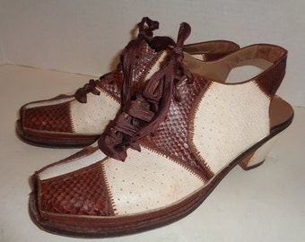 Vintage 40s Brown Snakeskin White Open Toe Shoes 6 AA Ankle Strap