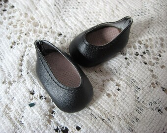 """Black Textured Vinyl Shoes  for a 13"""" Doll"""