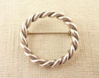 Vintage Sterling Heavy Braided Ring Brooch