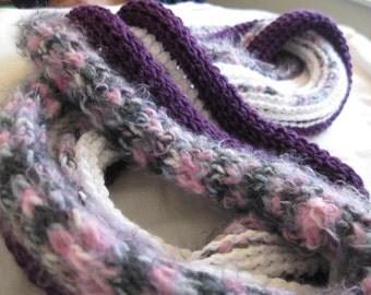 Wuglyee Infinity Crochet Lump Row Cowl Scarf, Multicolor and Purple