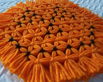 Retro Woven Kitchen Trivet, Halloween Pumpkin, Hot Pad, Serving Mat, Woven Mat, Yarn Trivet, Decoration