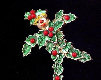 REDUCED~Rare Unique SCARECROW Christmas Holly & Holly Berries Brooch