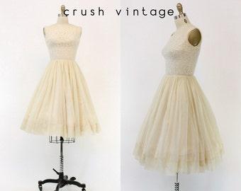 50s Dress Lace and Chiffon XS / 1950s Wedding Dress /  Pretty Parfait Dress