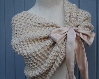 Wedding accessories, bridal accessories, bridal shawl, wedding shawl, off white shawl, knitting shawl, accessories, handmade shawl, shrug