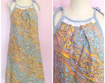 Vintage 1960s Floral Day Dress/ S M