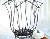 Vintage Wire Lily Designed Rustic Basket Home Decor Table Centerpiece