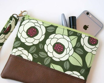 Wristlet Wallet - Leather Clutch Wristlet - Women's Zipper Purse