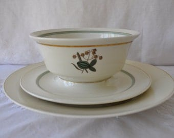 Botanical Serving Bowl/Vintage Royal Copenhagen Porcelain/Quaking Grass Pattern
