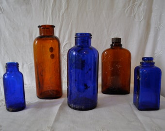 Blue and Amber Vintage Bottle Collection/Vintage C. 1940s/Group of Five Bottles in Graduated Sizes