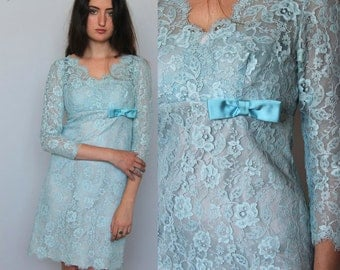 bluebelle -- vintage 1950s mad men wiggle dress in pale blue lace XS/S