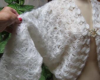 Vintage ivory soft acrylic crochet sweater, dressy ivory crochet sweater, ivory dolman crochet sweater, bride's beige sweater, Japan sweater