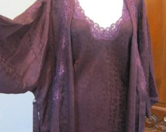 Vintage deep plum robe nightgown set, made Canada embossed silk like wrap robe nightgown, glam dark purple robe nightgown size M