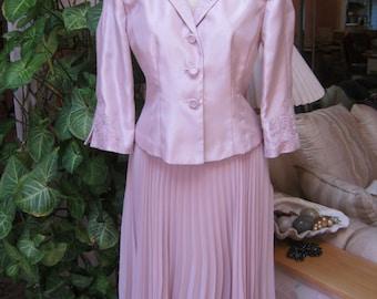 Vintage palest mauve/lavender beaded jacket skirt set, mother of bride/groom skirt set size 6P, palest mauve jacket skirt Easter outfit