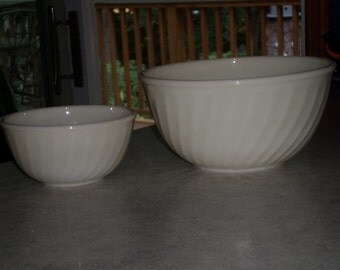 2 ivory white swirl bowl FIRE KING nesting mixing BOWLS Anchor Hocking Oven Ware