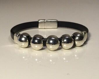 Women's black 5mm leather bracelet