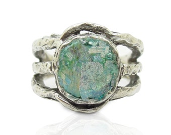 Unique silver ring with roman glass round & curved Metalwork