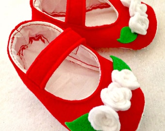 December Red and White Felt Rose Shoes Sizes 0-12 months